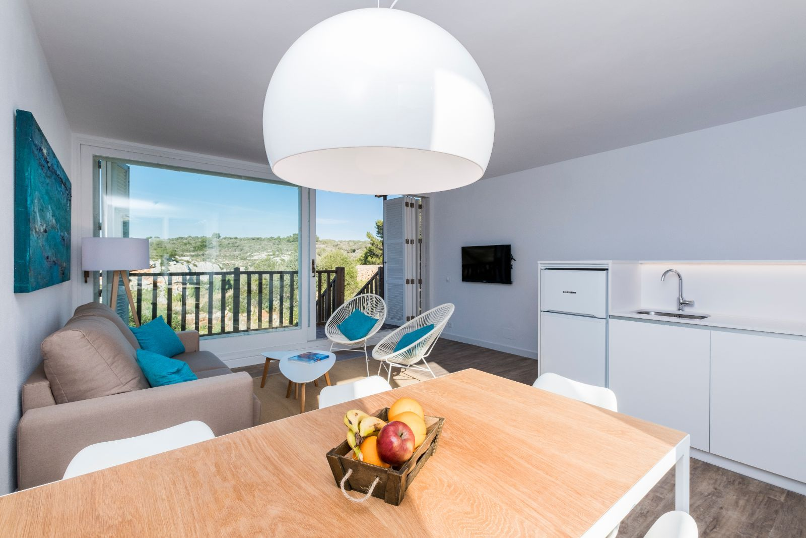 Apartamentos Playa Canutells & Finca Llucalari Nou